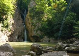 Агурское ущелье и водопады