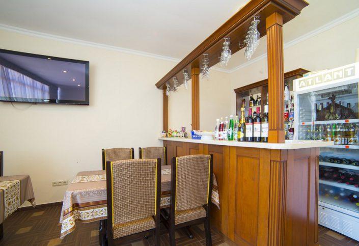 Кафе гостиницы Арстаа