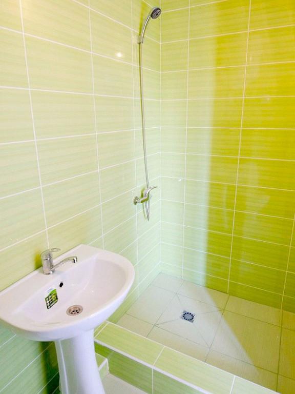 Туалетная комната двухместного номера мини-отеля Аскар
