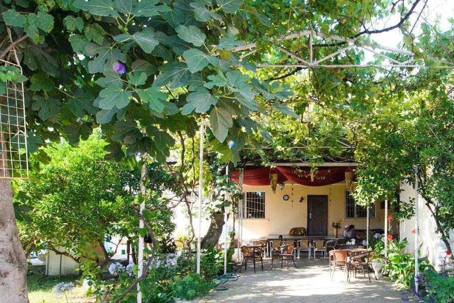 Территория мини-отеля Аскар