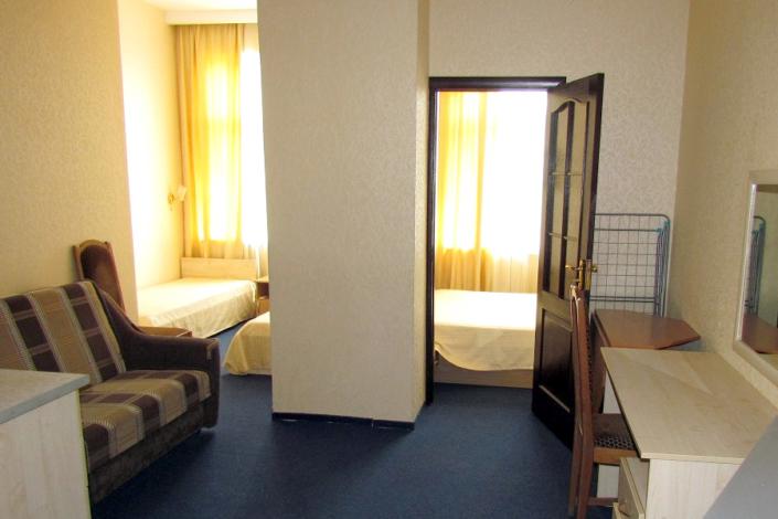 Люкс Улучшенный шестиместный двухкомнатный, Корпус Парк гостиницы Ассоль