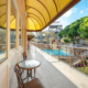 Балкон номера Студия с видом на аквапарк в отеле Атлантида