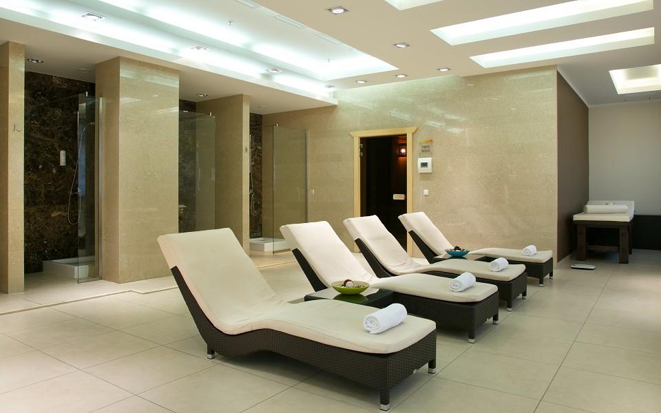 Комната отдыха в сауне Azimut Hotel Freestyle Rosa Khutor