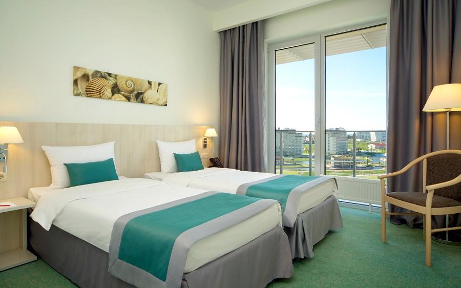Стандартный двухместный номер Azimut Hotel Sochi