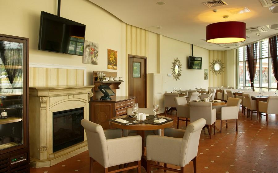 Ресторан IL Basiliсo на территории Azimut Hotel Sochi