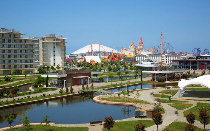 Территория Azimut Hotel Sochi