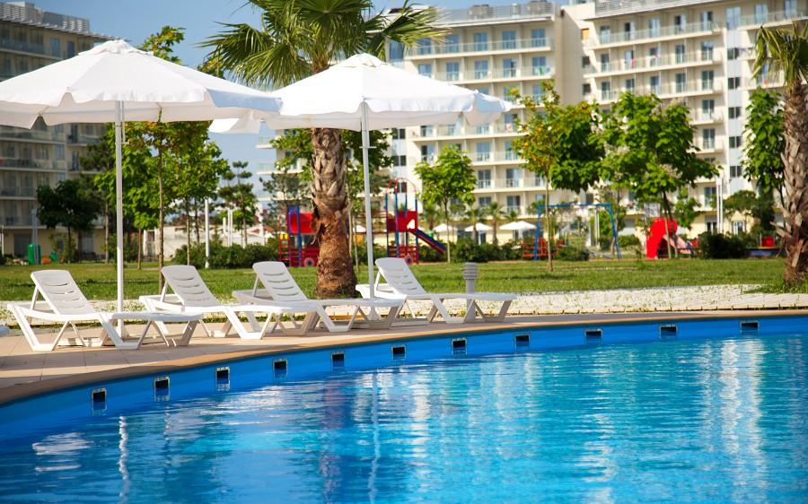 Бассейн Azimut Hotel Sochi