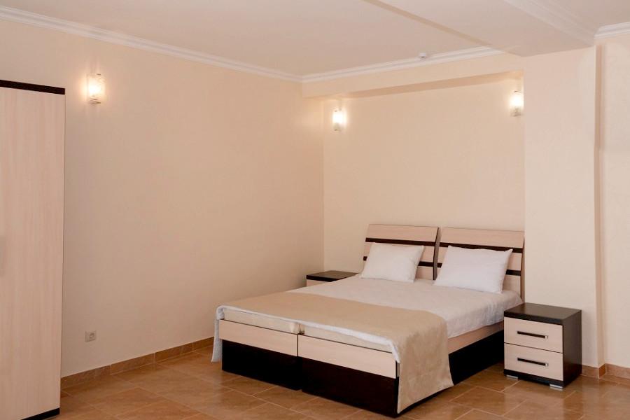 Полулюкс двухместный отеля Азор