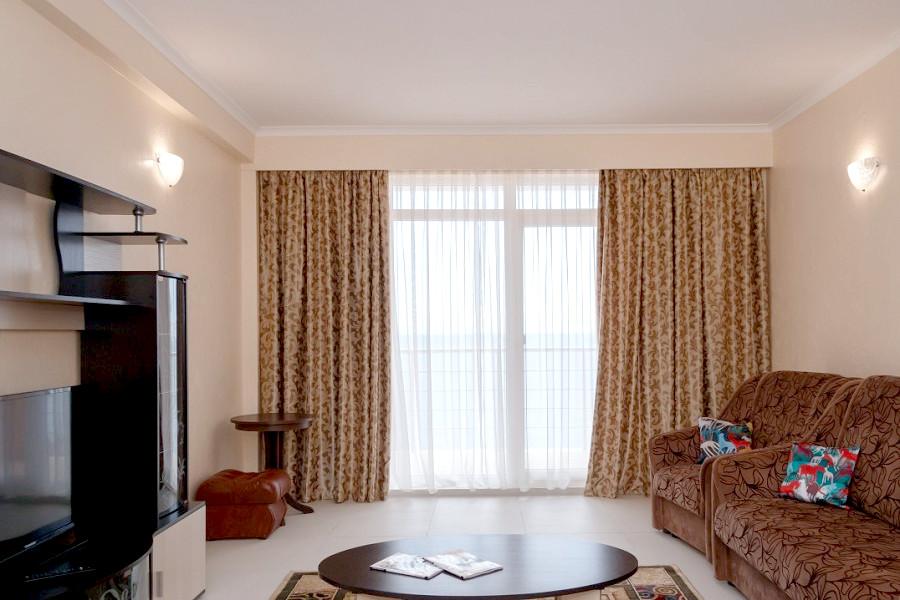 Люкс Комфорт двухместный двухкомнатный отеля Азор