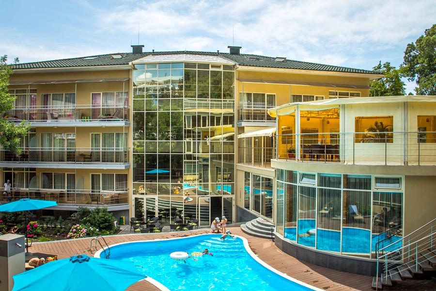 Отель Багатель, Крым, Ялта, Кореиз