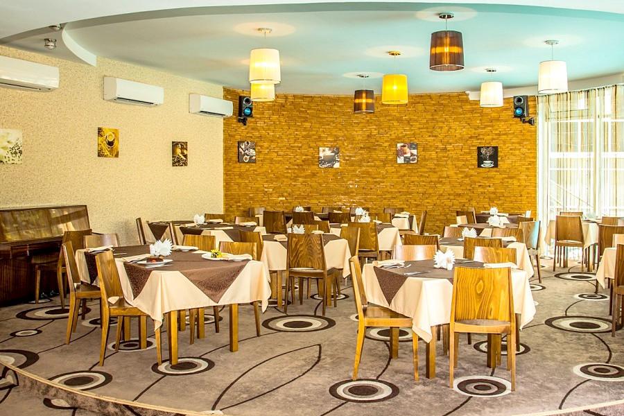 Ресторан отеля Багатель
