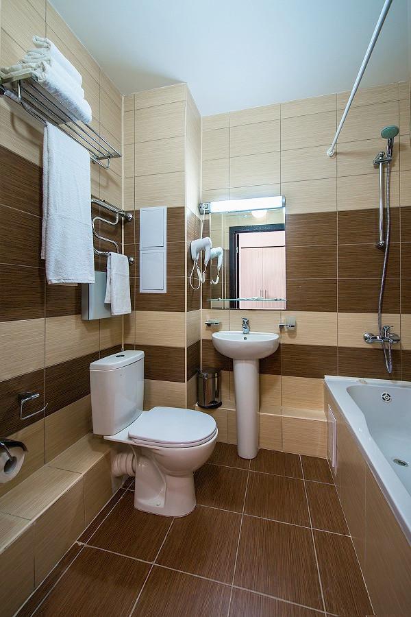 Туалетная комната номера Стандарт отеля Бархатные Сезоны