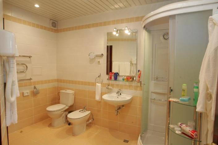 Туалетная комната Апартаментов в Корпусе № 2 комплекса отдыха Беларусь