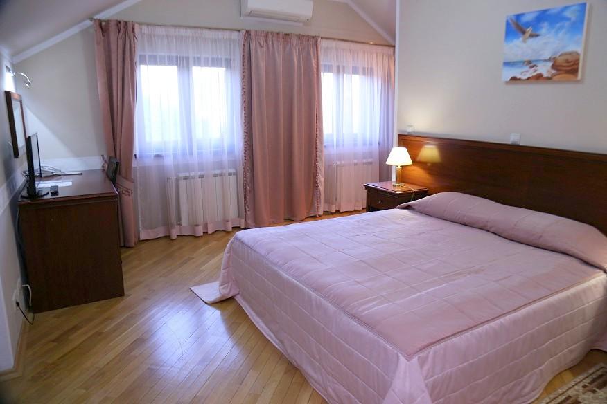 Спальня в коттедже комплекса отдыха Беларусь