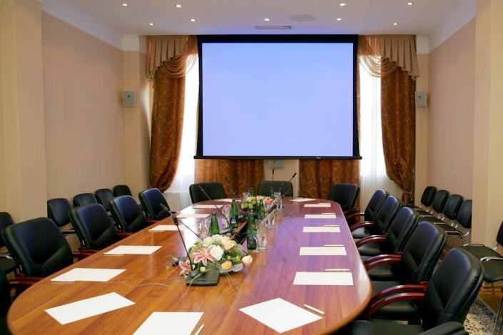 Переговорная комната комплекса отдыха Беларусь