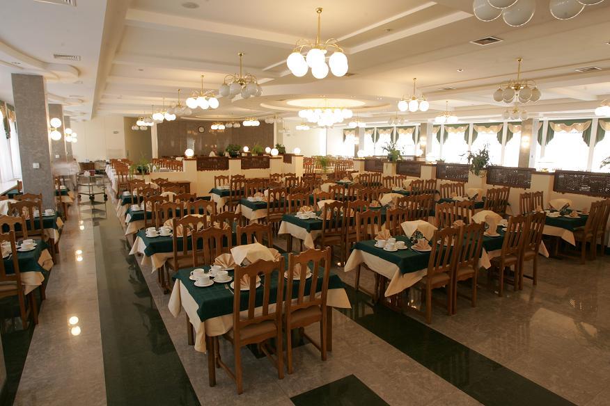 Обеденный зал санатория Беларусь