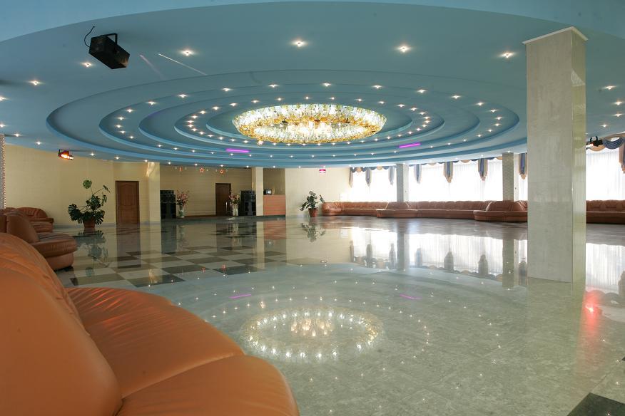 Танцевальный зал санатория Беларусь