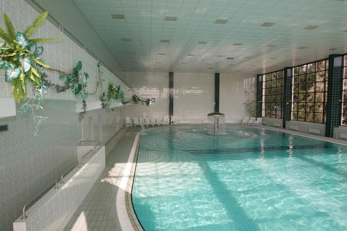 Крытый бассейн санатория Беларусь
