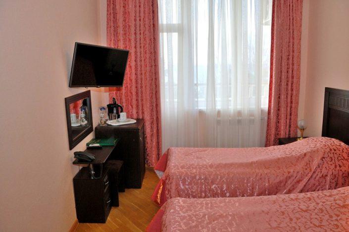 Стандартный двухместный номер в Приморском корпусе санатория Беларусь