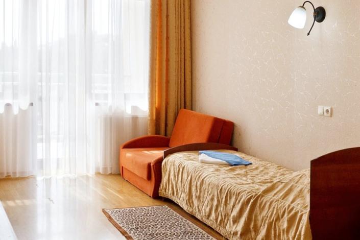 Стандарт однокомнатный номер в Корпусе № 5 санатория Белоруссия