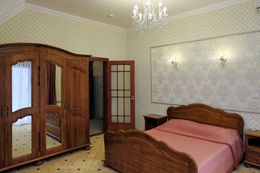 Люкс трехкомнатный в Корпусе № 2 санатория Белоруссия