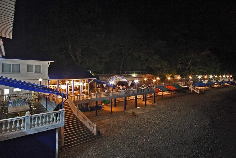 Кафе на пляже санатория Белые ночи, Сочи, Уч-Дере