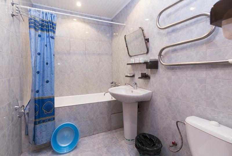 Туалетная комната двухкомнатного номера санатория Белые ночи, Сочи, Уч-Дере
