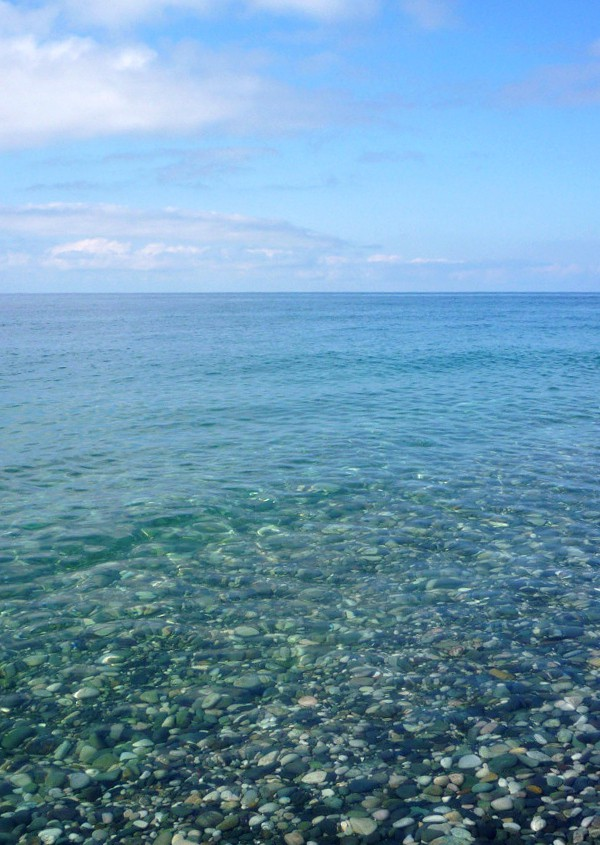 Черное море в районе поселка Цандрипш