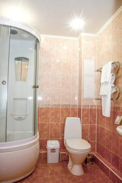 Туалетная комната Семейного номера санатория Бирюза