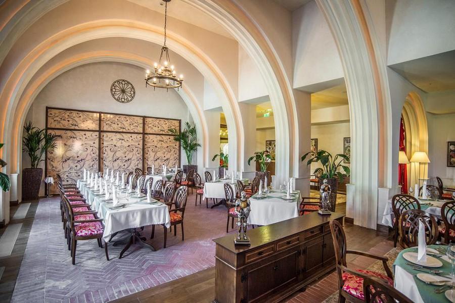 Ресторан Баллада отеля Богатырь
