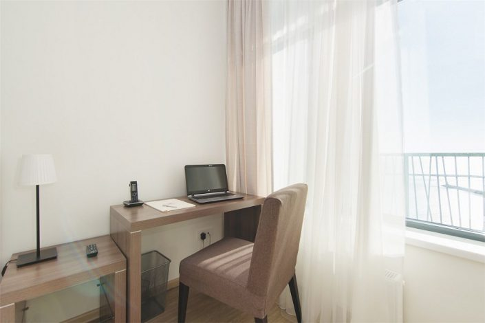 Трехкомнатный апартамент апарт-теля Бревис