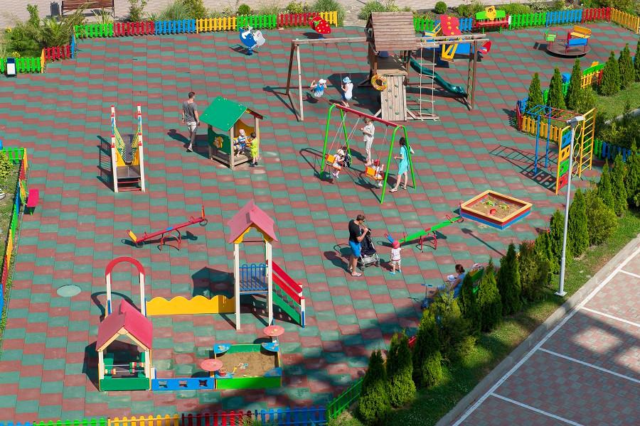 Детский игровой городок отеля Bridge Family, Сочи, Имеретинский курорт
