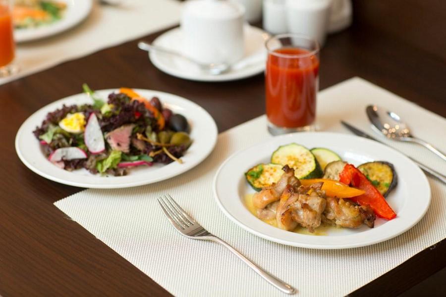 Ресторан отеля Bridge Resort, Сочи, Имеретинский курорт