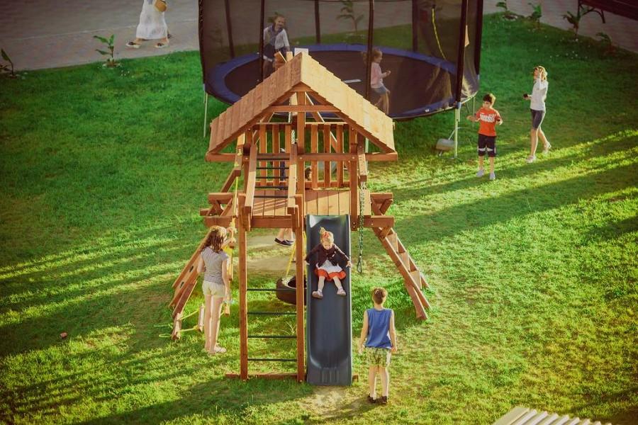Детский игровой городок отеля Bridge Resort, Сочи, Имеретинский курорт