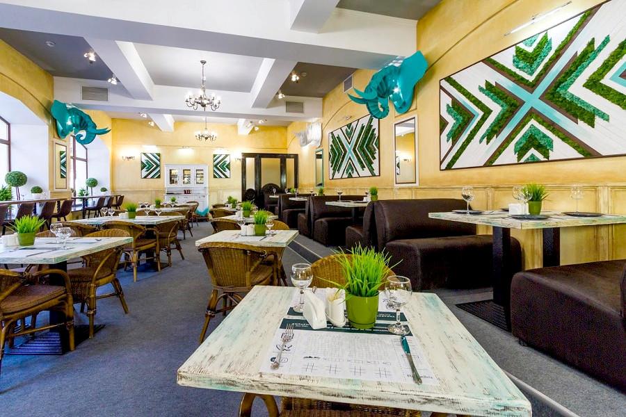 Ресторан отеля Бристоль