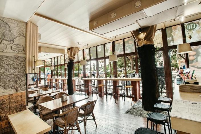 Кафе отеля Бристоль