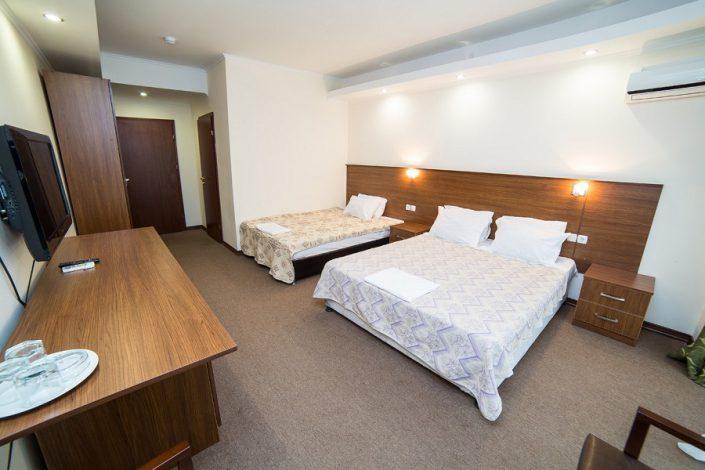 Стандартный трехместный номер отеля Царская аллея, Новый Афон, Абхазия