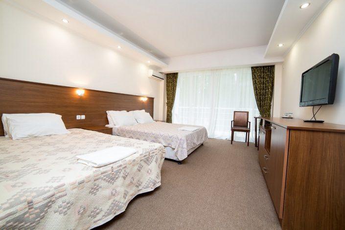 Стандартный четырехместный номер отеля Царская аллея, Новый Афон, Абхазия