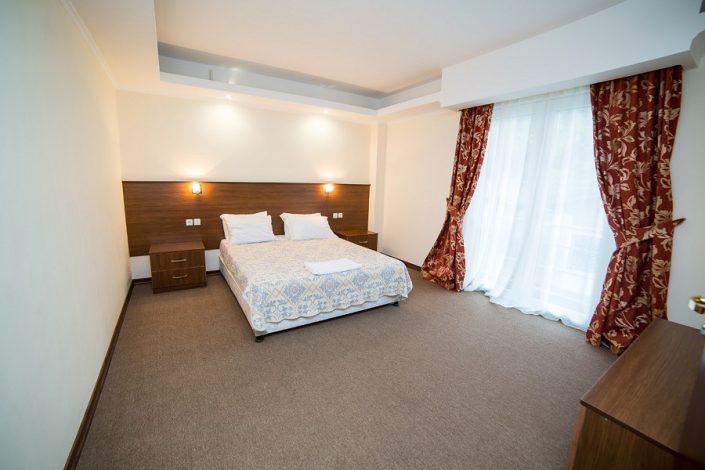 Люкс двухместный двухкомнатный с балконом отеля Царская аллея, Новый Афон, Абхазия