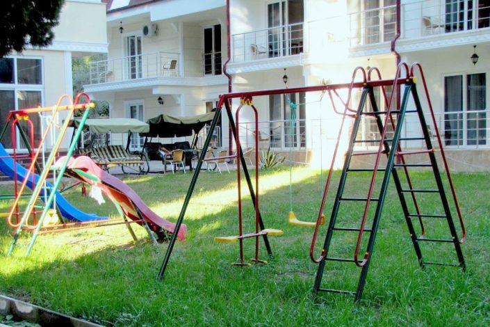 Детская игровая площадка отеля Царская аллея, Новый Афон, Абхазия