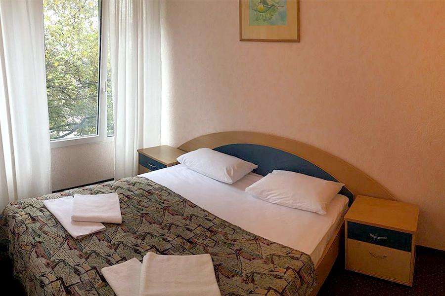 Семейный двухместный двухкомнатный гостиницы Чайка