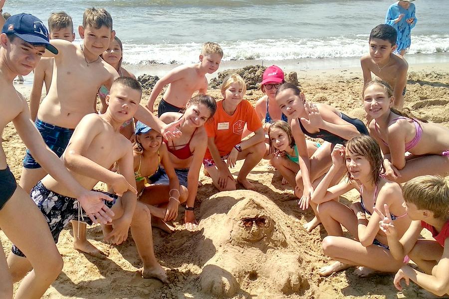 Пляж санатория Чайка