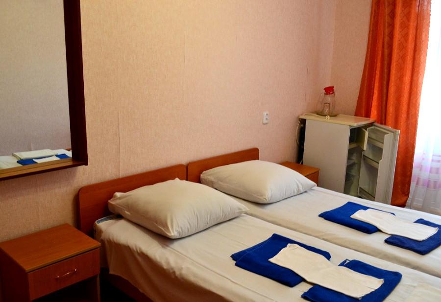 Номер в санатории им. Челюскинцев, Гагра, Абхазия