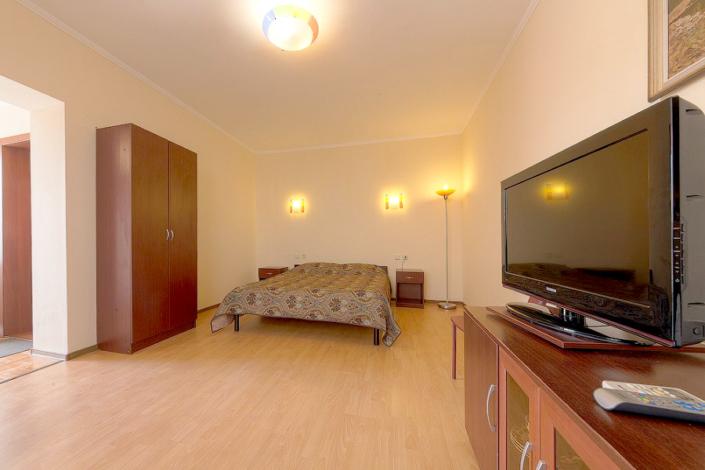 ПК двухместный двухкомнатный с террасой в гостинице Черноморская