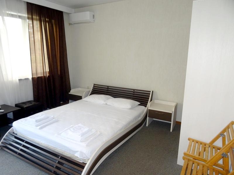 Стандартный четырехместный номер отеля Цитрус