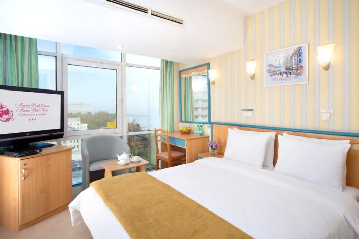 Стандарт с двуспальной кроватью в City Park Hotel