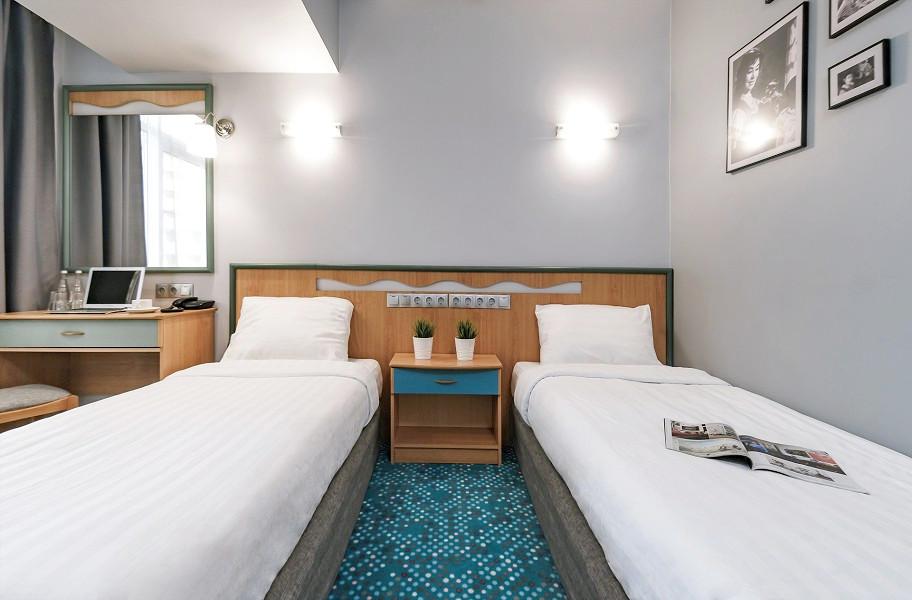 Стандарт Улучшенный с односпальными кроватями в City Park Hotel