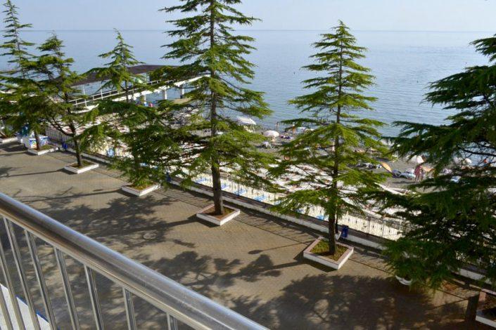 Вид на море с балкона номера пансионата Кукуруза, Сочи, Мамайка