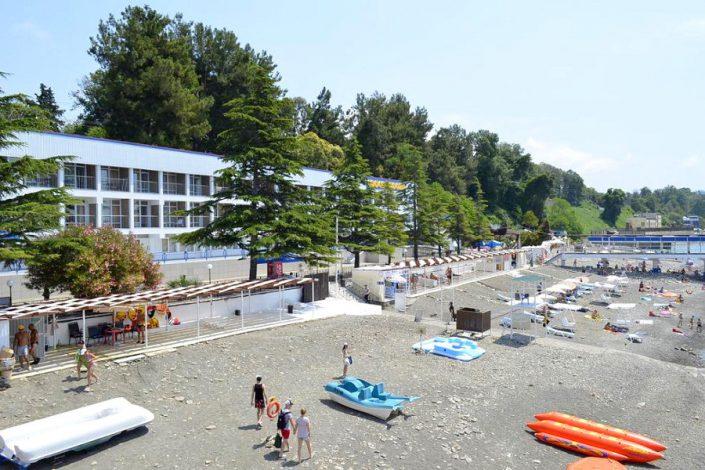 Пляж пансионата Кукуруза, Сочи, Мамайка