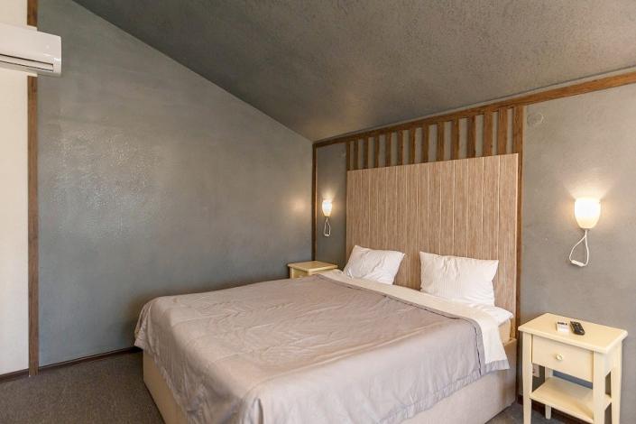 Стандарт трехместный с двумя раскладными креслами отеля Дача Del Sol